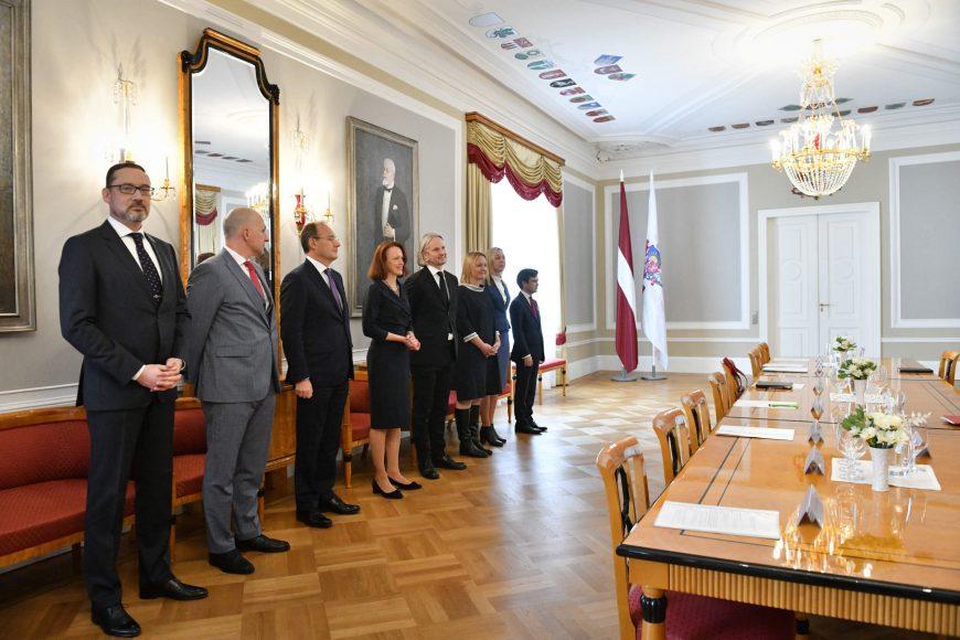 valsts-prezidents-egils-levits-tiekas-ar-finanu-nozares-asocicijas-prstvjiem_48859135078_o