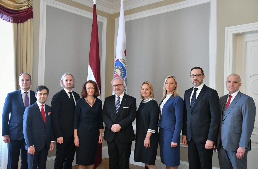 valsts-prezidents-egils-levits-tiekas-ar-finanu-nozares-asocicijas-prstvjiem_48859135963_o
